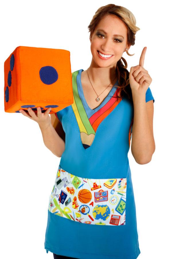 imagen de bata para maestra de preescolar con bolsa