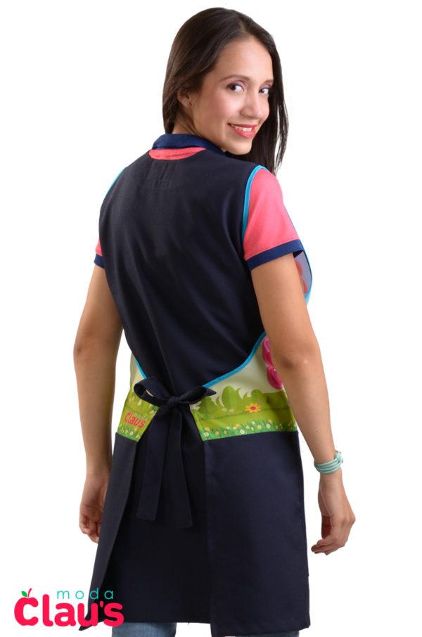 espalda de bellos uniformes para maestra de preescolar en color azul marino