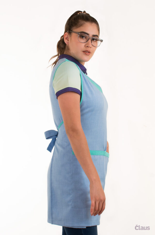Mandil para Maestra en color Azul Cielo con Menta y Cubrebocas
